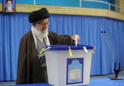 L'Iran alle urne, poco spazio per i riformisti