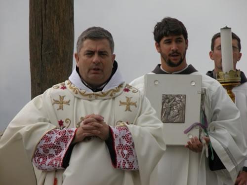 La Verna (Arezzo). Il successore di san Francesco sul luogo in cui il santo ricevette le stigmate (foto Ofm).