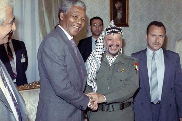 La scomparsa di Nelson Mandela, da Israele un cordoglio misurato
