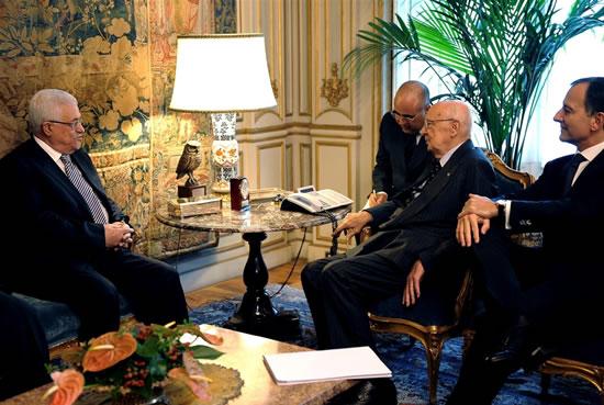 Roma, 7 ottobre 2009. Il presidente della Repubblica Giorgio Napolitano riceve Mahmoud Abbas al Quirinale. A destra il ministro degli Esteri Franco Frattini (foto: Presidenza della Repubblica Italiana)