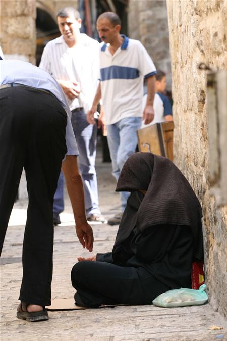 L'ombra della povertà su Gerusalemme Est