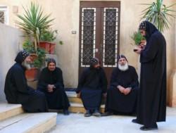 La Chiesa copta vuol riportare l'ordine nei monasteri
