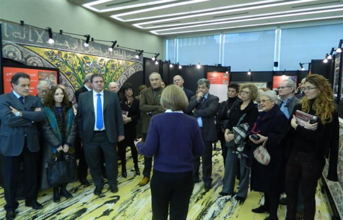 Un momento dell'inagurazione della Mostra dei mosaici di Terra Santa, questa mattina al Pirellone. Carla Benelli presenta la mostra alle autorità e alla stampa. [1/8]