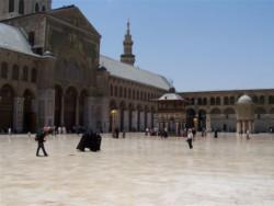 Il gran mufti di Damasco: no all'uso politico della religione