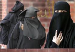 La Siria chiude le università alle ragazze senza volto