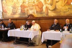 Il Papa pranza coi frati della Custodia al convento di San Salvatore
