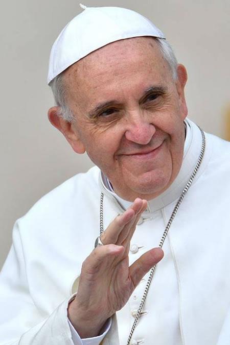 Risultato immagini per immagine del papa francesco