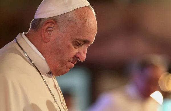 Gaza: per il Papa la violenza non porta mai alla pace