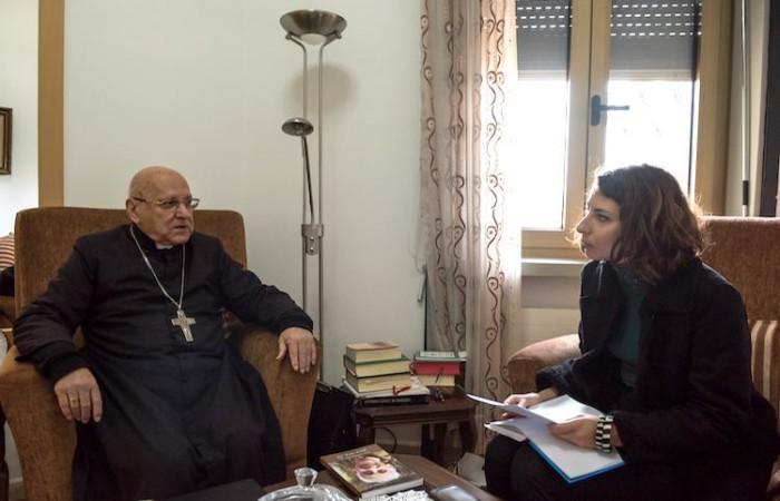 Monsignor Michel Sabbah a colloquio con Beatrice Guarrera. (foto Nadim Asfour/Cts)