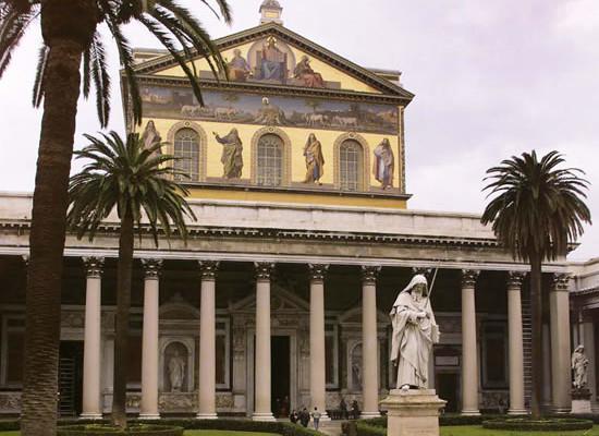 Roma. Facciata della basilica di San Paolo fuori le Mura.