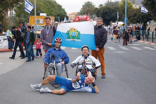 Tiberiade, 4 gennaio 2007. Tre atleti sanmarinesi partecipano alla maratona internazionale intorno al lago.