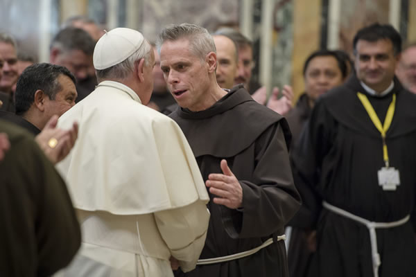 Papa Francesco ai frati: «Portate misericordia, riconciliazione e pace!»