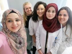«I miei primi passi da medico tra i bambini di Betlemme»