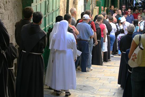 Resta positivo l'andamento di turismo e pellegrinaggi in Terra Santa
