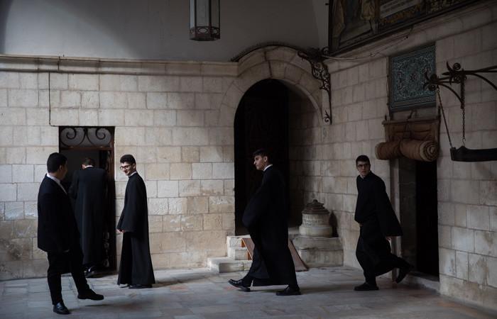 Oltraggi ai cristiani a Gerusalemme, il Patriarcato armeno puntualizza