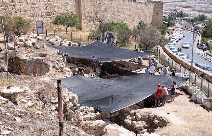 Dal sottosuolo di Sion reperti dell'assedio babilonese