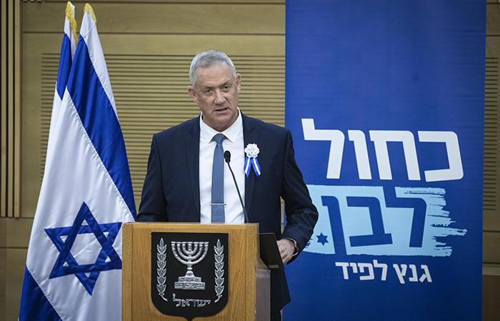 Netanyahu getta la spugna, ci prova Gantz