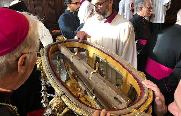 22 novembre 2019. L'apertura del reliquario che contiene i legni della Sacra culla.