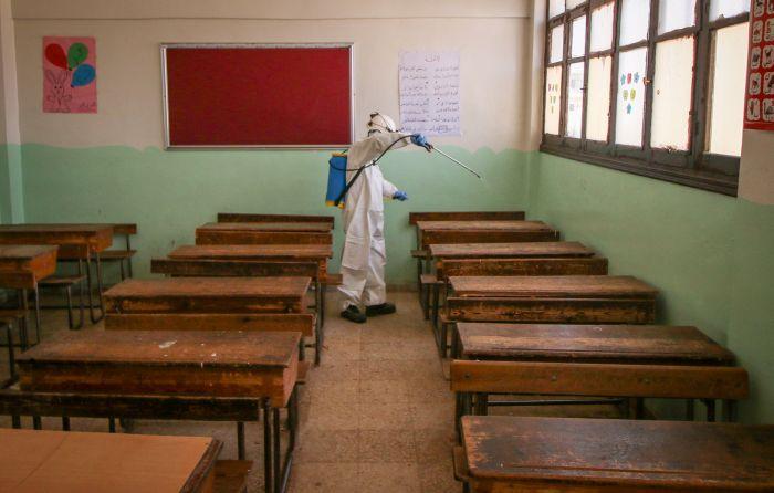disinfezione scuola Dana Idlib Siria