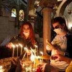 jersualem santo sepolcro pellegrini mascherine
