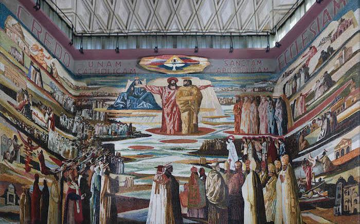 Nell'abside della basilica superiore il mosaico di Salvatore Fiume. (foto Nimrod Sannders/CTS)
