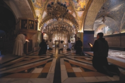«I nostri due mesi blindati nel Santo Sepolcro»