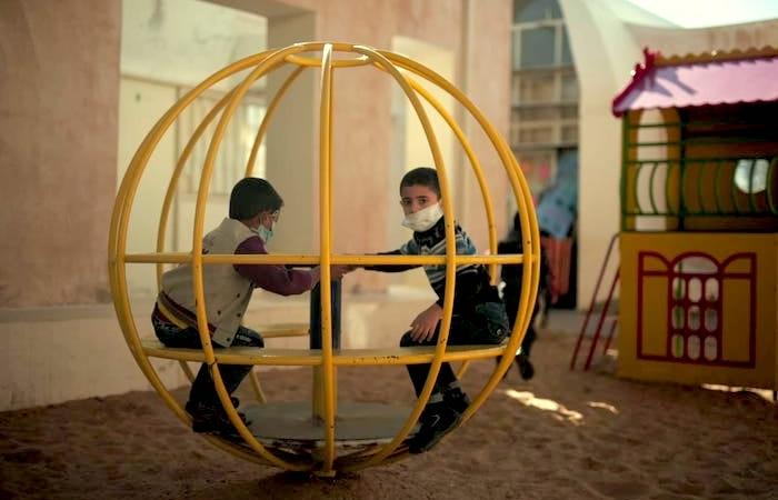 I bambini di Gaza fanno i conti col Covid