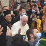 Papa Francesco in mezzo ai fedeli di Qaraqosh