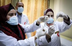 Vaccinazioni in Medio Oriente, i primi e gli ultimi