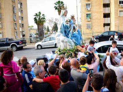 Haifa, corteo di auto per Nostra Signora del Carmelo
