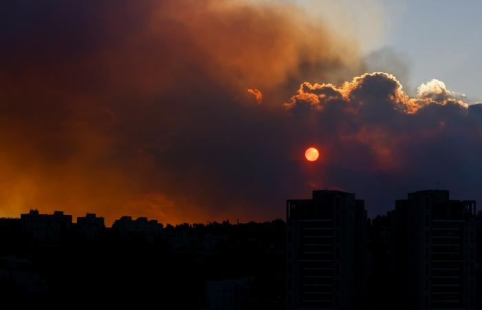Un grave incendio nei dintorni di Gerusalemme