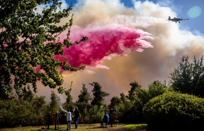Un incendio en Jerusalén desde el 15 de agosto obliga a evacuar 10.000 personas 1